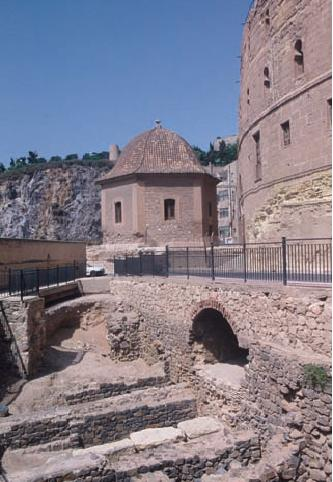Restos excavados del Anfiteatro
